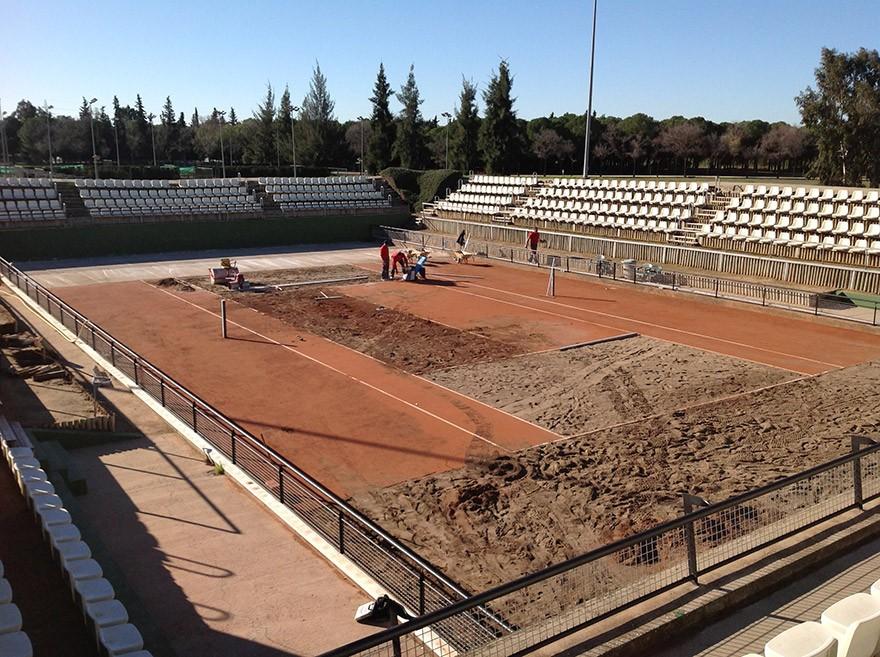 CTT-Sevilla-arregaldo-levantando-002