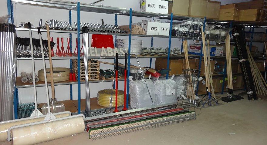 accesorios-mantenimiento-pistas-tenis-padel-celabasa