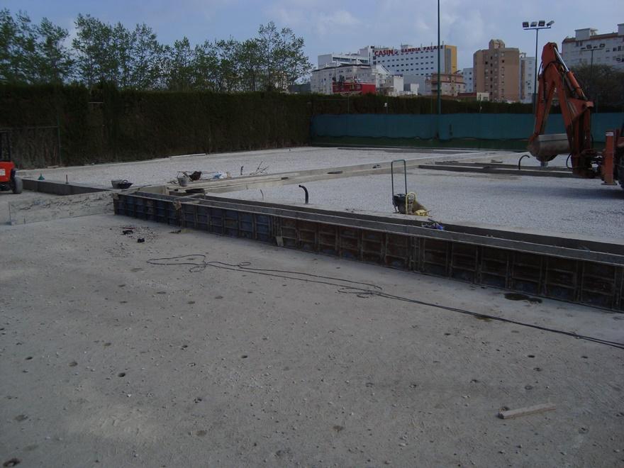 construccion zuncho perimetral pista padel celabasa sport