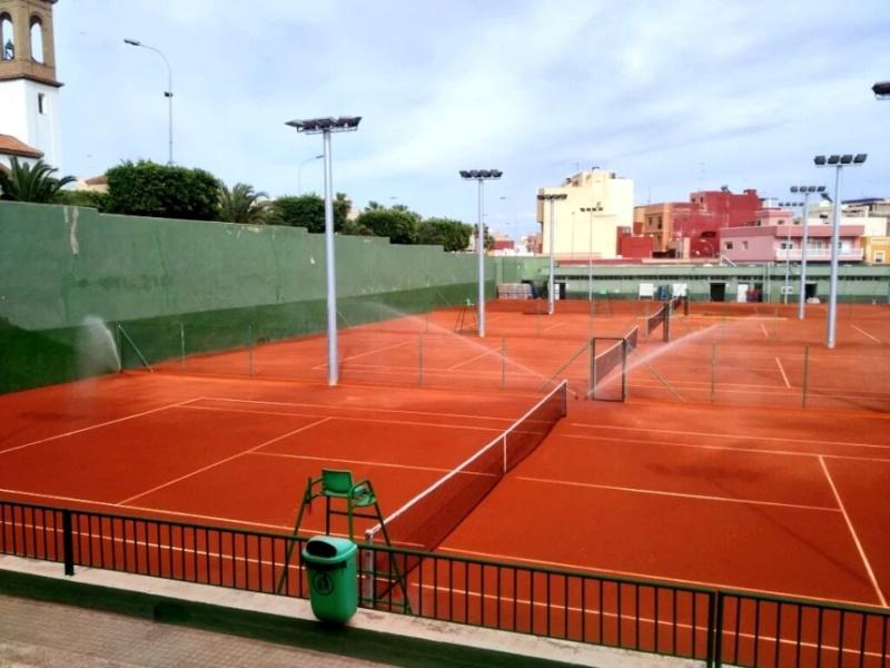riego automático por aspersión pistas de tenis Celabasa