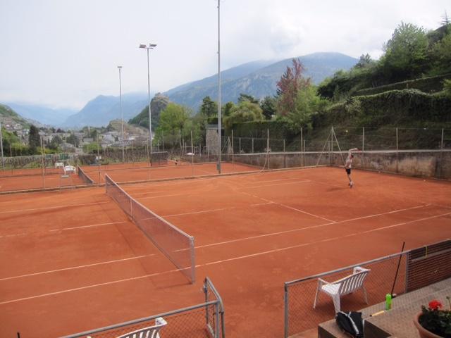 construccion-pista-tenis-moqueta-claytech-tierra-batida-celabasa