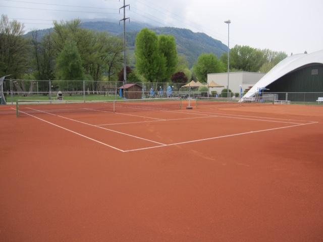 construccion-pistas-tenis-moqueta-tierrabatida-claytech-celabasa